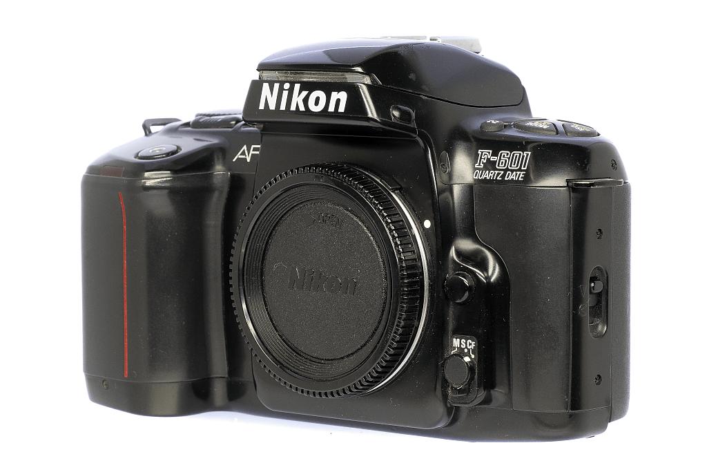 Nikon F-601QD フィルムカメラ修理
