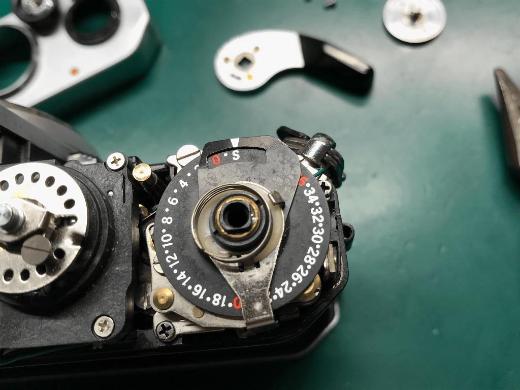 Nikon FE フィルムカウンター