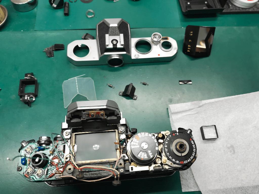 Nikon FM 分解中